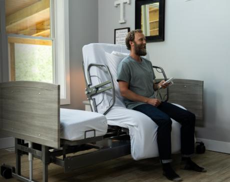 hospital beds vs homecare hospital beds comparison blog image